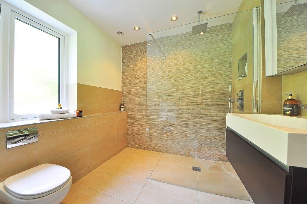 bathroom big tiles