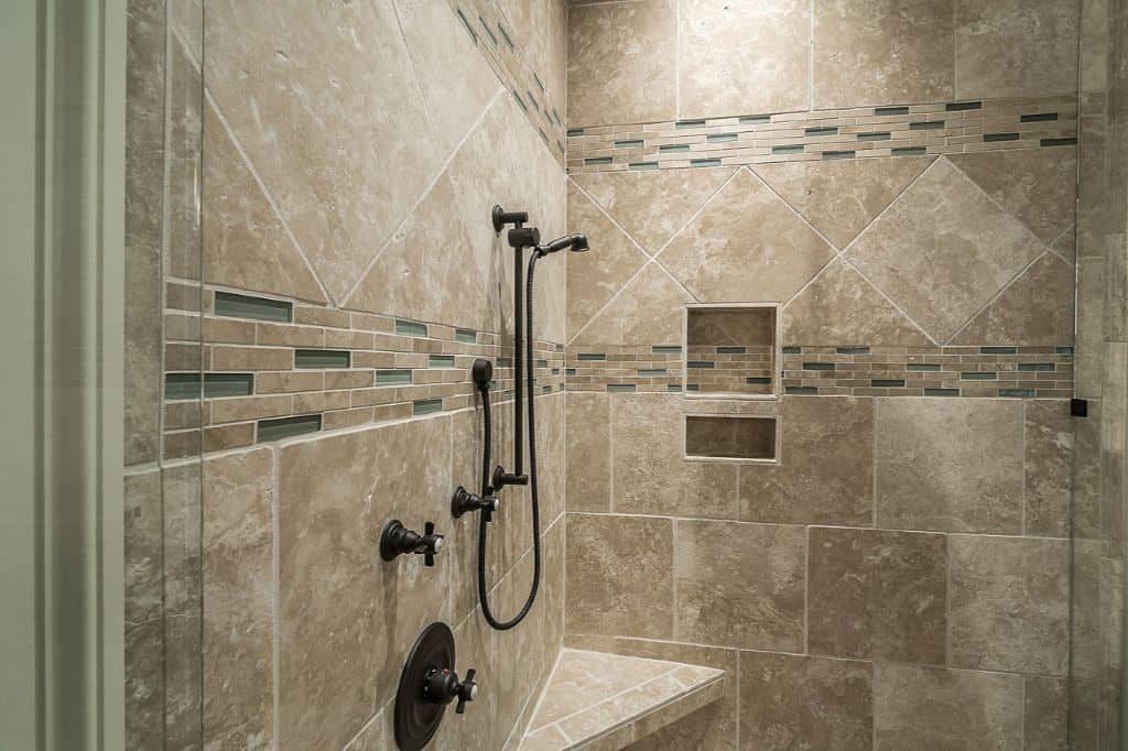 bathroom tiles pattern